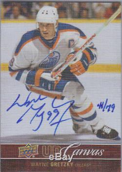12-13 Upper Deck Young Canvas Autograph Wayne Gretzky #CA-WG 41/70