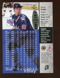 1997/1998 Upper Deck Hockey Card Wayne Gretzky Autographed NRMT