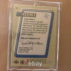 1999-00 Upper Deck Retro Inkredible Wayne Gretzky Autograph