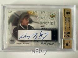 2003-04 Upper Deck Wayne Gretzky Trilogy Scripts Auto BGS 9.5 Auto 10