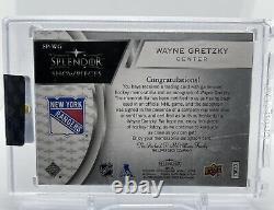 2017-18 Splendor Upper Deck Wayne Gretzky Splendor Showpieces Auto Stick 19/27