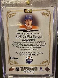 2019/20 Upper Deck Stature Wayne Gretzky Auto /10 RARE