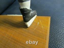 GARTLAN Wayne Gretzky Autographed Figure Upper Deck Certified