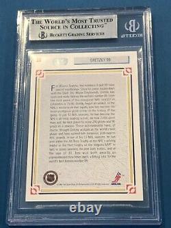 WAYNE GRETZKY Signed 1991-92 UPPER DECK Card #38 Beckett Slabbed BAS