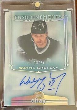 Wayne Gretzky 13/25 Upper Deck The Cup Enshrinements Auto /25 E-WG