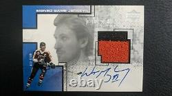 Wayne Gretzky 2000-01 Upper Deck Pros & Prospects Game Jersey Auto Signed Patch