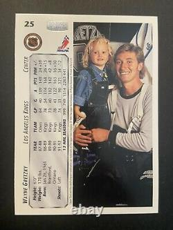 Wayne Gretzky AUTO 91-92 & 92-93 Upper Deck #25 & #13 Signed Hockey Cards