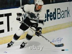 Wayne Gretzky Los Angeles Kings Signed LE 16x20 Photo Upper Deck Authenticated